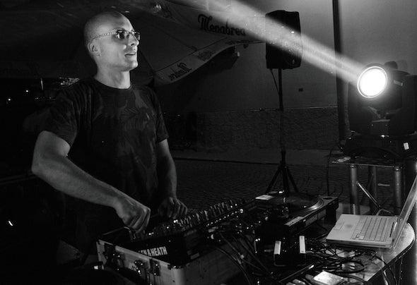 Paul V Releases on Beatport